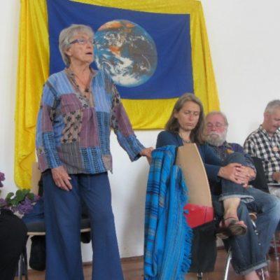 Joanna Macy beim Seminar in Ottobeuren 2013